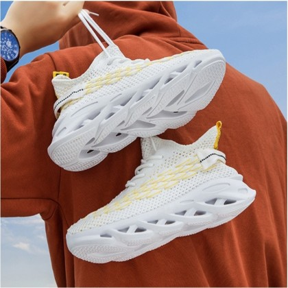 KAPEE 2020 Spring New Men's Shoes Breathable Sports Shoes Fashion Flying Casual Running Shoes